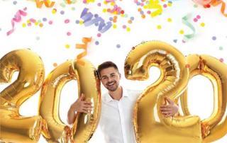 Man celebrating 2020